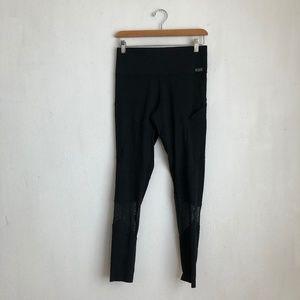 Victoria's Secret leggings black size:Med